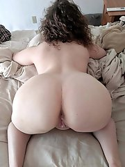 Curvy Mature Bottoms