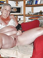 HQ old housewife getting naked