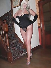 Dissolute aged MILF playing herself