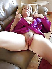 Awesome aged mom playing herself