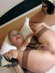 Russian older tart having sex with her boyfriend