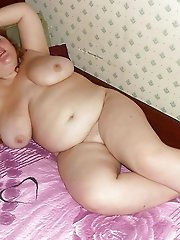 Cock addicted older bitches posing undressed